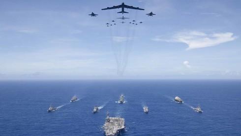 Đối phó với Trung Quốc, Mỹ chọn 2.000 tên lửa hay phát triển tàu sân bay mới? - Ảnh 4.