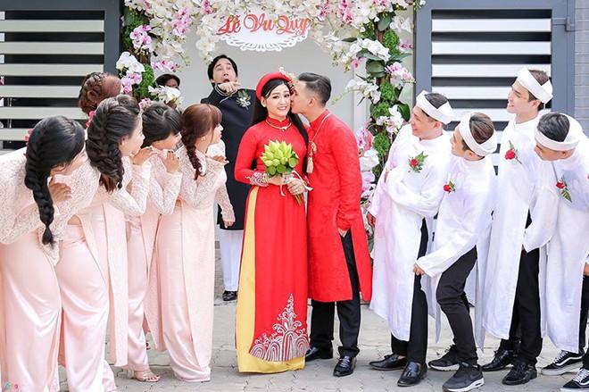 Danh tính con gái lấy chồng doanh nhân, từng bị Kim Tử Long cấm cản vào showbiz - Ảnh 3.