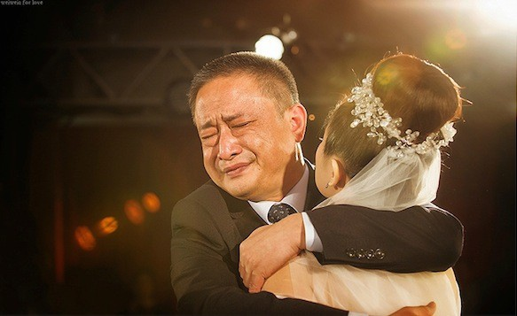 Bức thư chạm đáy trái tim của ông bố gửi con gái ngày đi lấy chồng: Cuộc đời chẳng có ai được sống ngon ngọt như những quả táo tàu... - Ảnh 3.