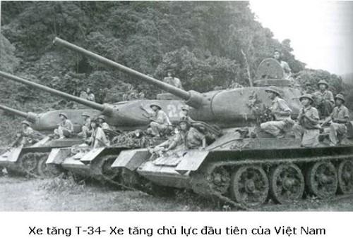 Tầm nhìn chiến lược và sự trưởng thành của bộ đội TTG Việt Nam - Mua xe tăng T-90 hiện đại - Ảnh 3.