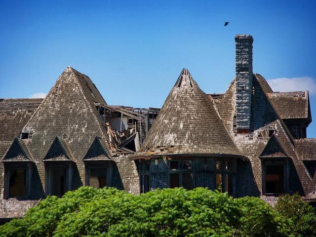 5 biệt thự bỏ hoang có giá triệu USD - Ảnh 3.