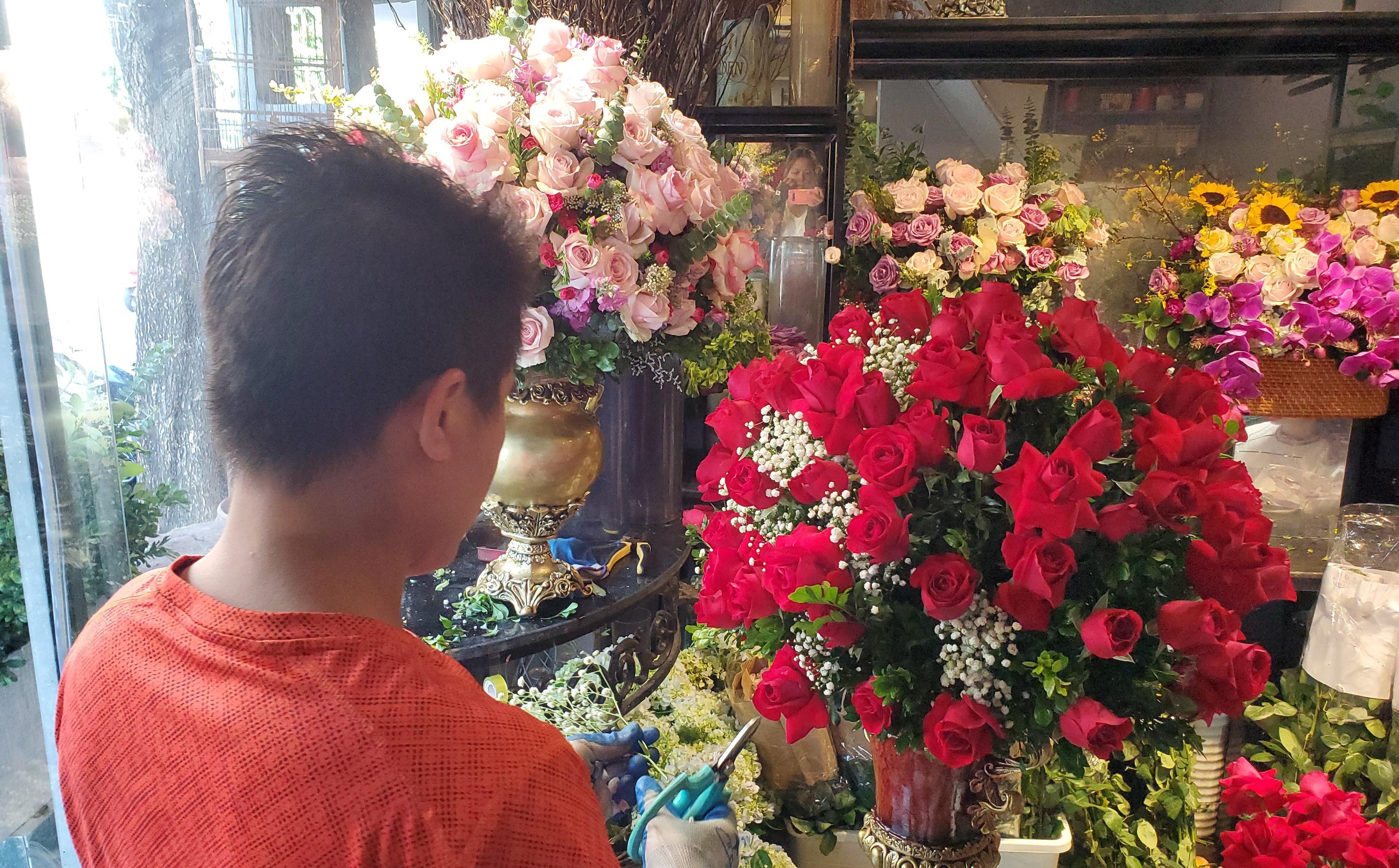 Bó hoa trăm bông hồng