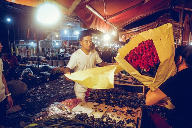 Sao Vbiz ngày 20/10: Vợ chồng Hà Tăng, Thủy Tiên cực ngọt ngào sau 10 năm gắn bó, Dương Khắc Linh tặng vợ quà 'khó đỡ' - ảnh 3