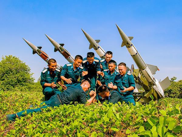 Sư đoàn Phòng không 377: Những người lính canh trời, giữ biển - ảnh 11
