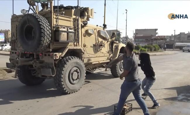 Đêm nay, chiến sự kinh thiên động địa sẽ nổ ra ở miền Bắc Syria? - Mỹ gây sốc dọa tấn công Thổ - Ảnh 27.