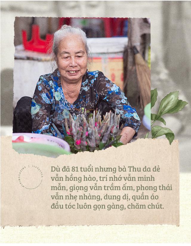 Triết lý sung sướng phụ nữ hiện đại nào cũng phải học từ cụ bà 81 tuổi bán hoa gói lá 70 năm ở góc chợ Đồng Xuân - Ảnh 2.