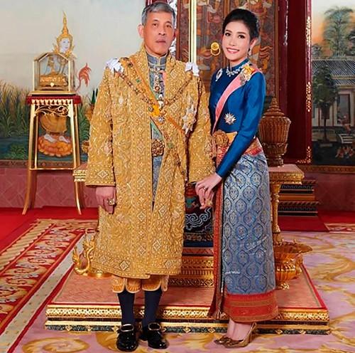 Hồng nhan bạc phận: Vẻ đẹp nao lòng của Hoàng quý phi Thái Lan mới bị phế truất - Ảnh 10.