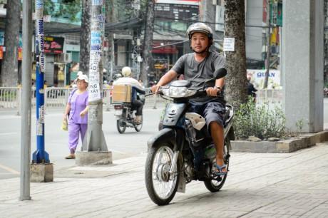 Sao Việt người bán kem, người chạy xe ôm không sống được bằng nghề - Ảnh 9.
