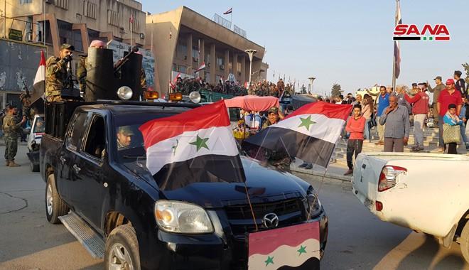 Xe quân sự Nga rầm rập tiến về Đông Bắc Syria - Người Kurd không rút nhanh sẽ bị đánh tơi tả - Ảnh 22.