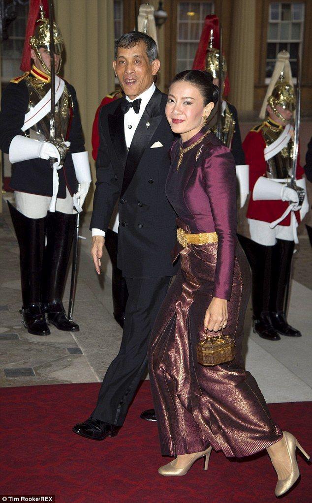 Trước Hoàng quý phi, vợ cũ của Quốc vương Thái Lan cũng rơi vào hoàn cảnh tương tự và có kết cục không thể bi đát hơn - Ảnh 1.