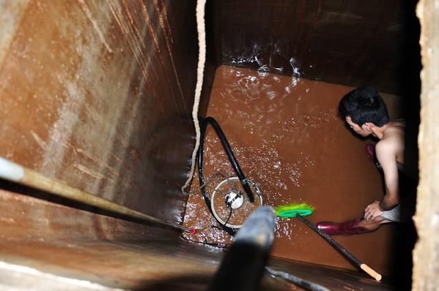 Thanh niên tử vong khi rửa bể ngầm, chuyên gia cảnh báo loại khí độc dễ cướp đi sinh mạng - Ảnh 1.