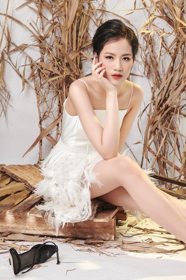 Mỹ nữ Hà thành bị cụt tay và bước ngoặt trở thành người mẫu ở tuổi 14 - Ảnh 3.