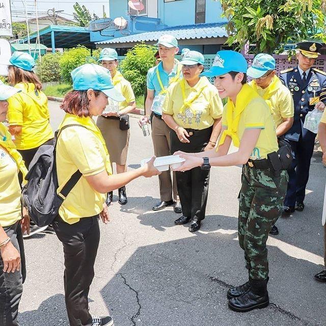 Cựu Hoàng phi Thái Lan nhắn nhủ điều gì trong thông điệp cuối cùng trước khi biến mất khỏi MXH? - Ảnh 7.