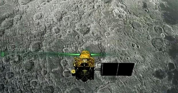 Tàu vũ trụ của Ấn Độ chết thảm trên Mặt trăng, nhưng thậm chí xác tàu cũng mất tích bí ẩn và đến NASA cũng chẳng biết nó đang ở đâu - Ảnh 1.