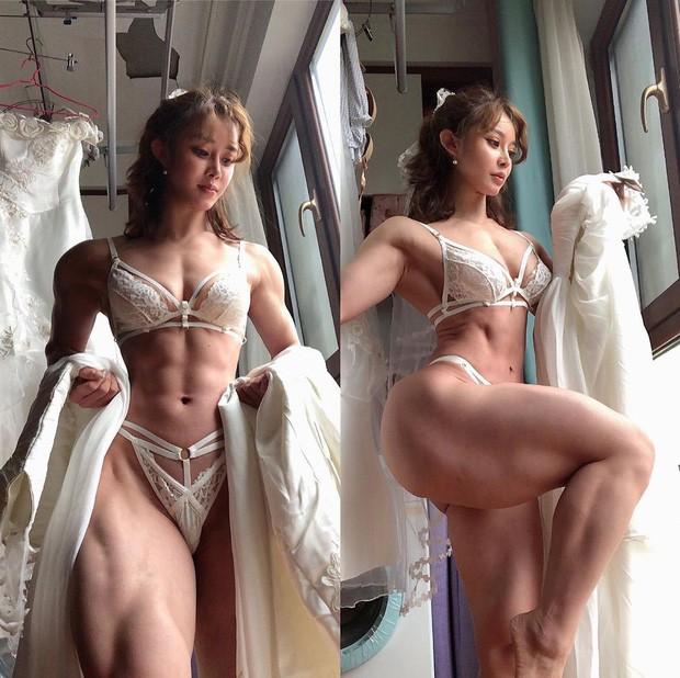 Dân mạng trầm trồ với nữ bác sĩ có body cường tráng như võ sĩ, trái ngược với khuôn mặt xinh như búp bê - Ảnh 1.