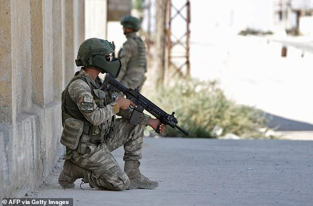 Cận cảnh loạt diễn biến mới nhất trên chiến trường khốc liệt Syria - ảnh 2