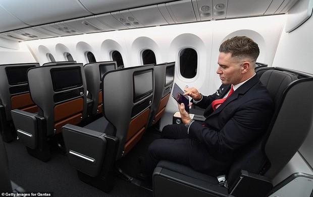 Review chuyến bay 20 giờ dài nhất lịch sử: Đây là những gì người ta trải nghiệm thấy - Ảnh 6.