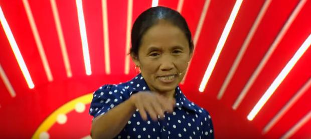Bà Tân Vlog: Người ta đồn kênh Youtube của tôi mỗi tháng được 800 triệu nhưng không phải, tôi được 2 tỷ cơ - ảnh 5