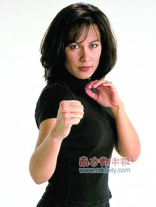 Con gái Lý Tiểu Long: Từ bỏ đam mê để thực hiện giấc mơ dang dở của bố và anh trai - ảnh 7