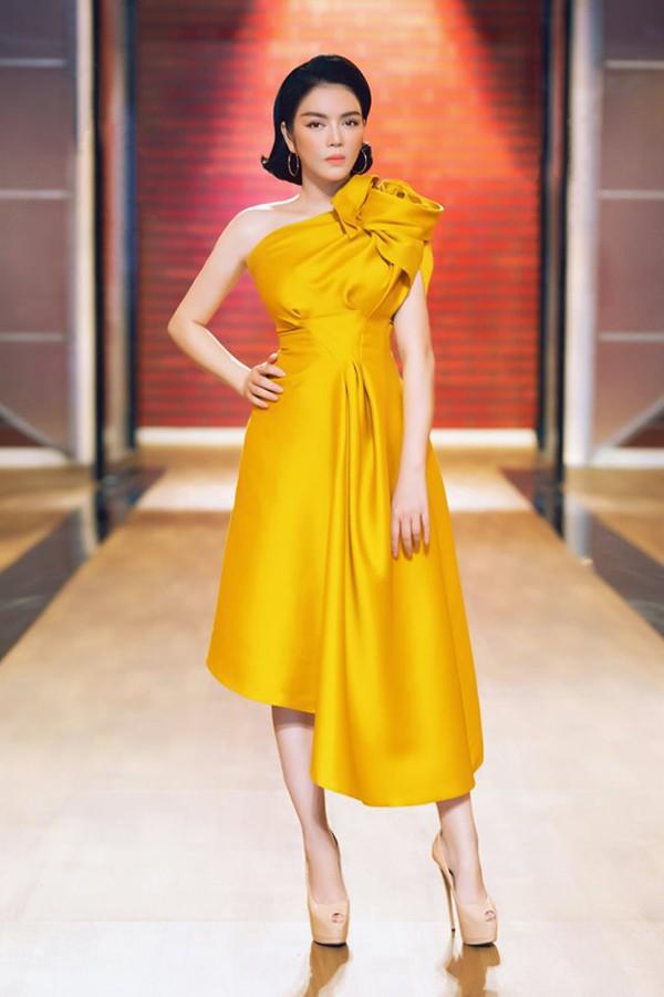 Nhan sắc hút hồn của Lý Nhã Kỳ - mỹ nhân Việt có đời tư bí ẩn nhất showbiz Việt - Ảnh 8.