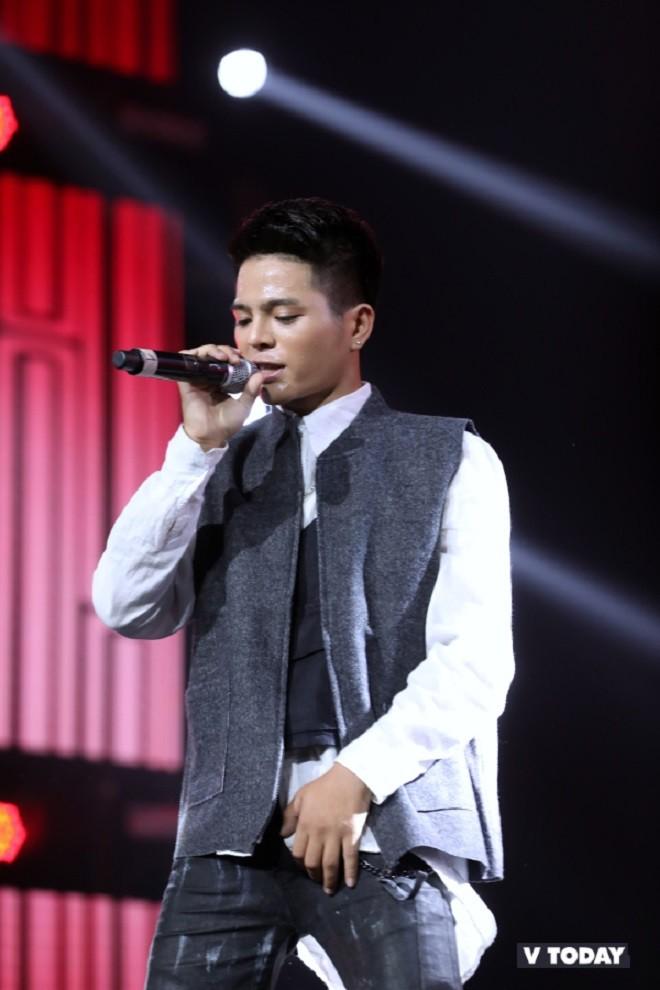 Nhóm nhạc thần tượng Hàn Quốc The Boyz biểu diễn cùng nhiều ca sĩ Việt - ảnh 9