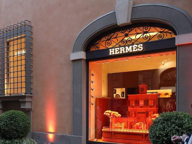 Louis Vuitton, Chanel dẫn đầu top thương hiệu xa xỉ giá trị nhất thế giới - Ảnh 3.