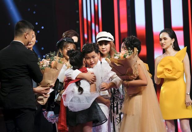 Phương Mỹ Chi lên tiếng động viên Chấn Quốc sau sự cố hụt giải Quán quân Giọng hát Việt nhí 2019 - Ảnh 5.