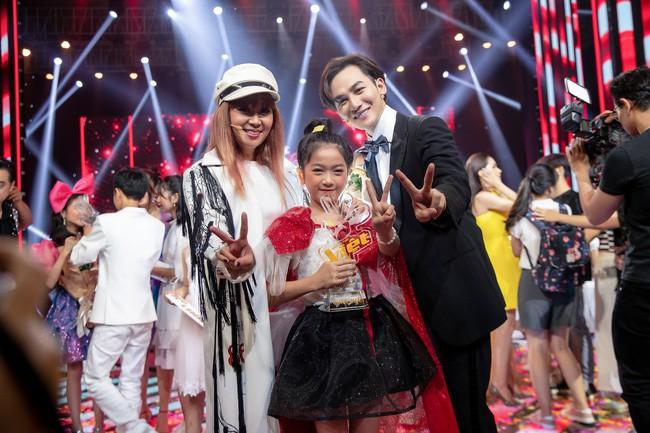 Giọng hát Việt nhí: Lưu Thiên Hương lên tiếng đáp trả giữa nghi án dàn xếp kết quả vì Nguyên Khang đọc sai tên - Ảnh 5.