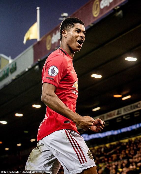 Vô duyên với 2 quả pen từ VAR, Man United vẫn bay cao trên BXH Premier League - Ảnh 7.