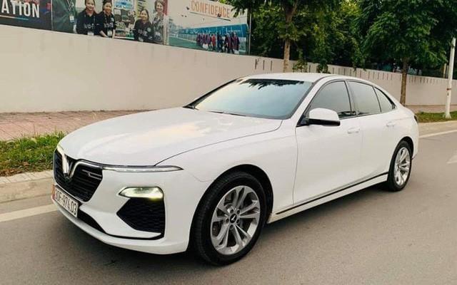 Giữa 'cơn bão' tăng giá, VinFast Lux A2.0 cũ được quảng cáo 'mới nhất Việt Nam' chào bán hơn 1 tỷ đồng - Ảnh 1.