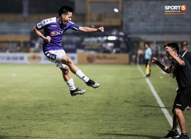 Trợ lý người Hàn Quốc khóc nức nở, không phục thất bại trước Hà Nội FC ở bán kết Cúp Quốc gia 2019 - Ảnh 12.