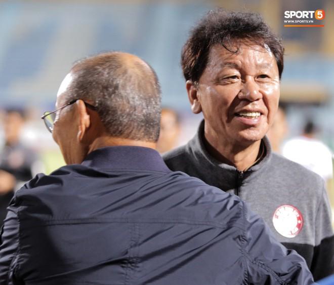 Trợ lý người Hàn Quốc khóc nức nở, không phục thất bại trước Hà Nội FC ở bán kết Cúp Quốc gia 2019 - Ảnh 13.