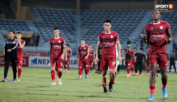 Trợ lý người Hàn Quốc khóc nức nở, không phục thất bại trước Hà Nội FC ở bán kết Cúp Quốc gia 2019 - Ảnh 10.