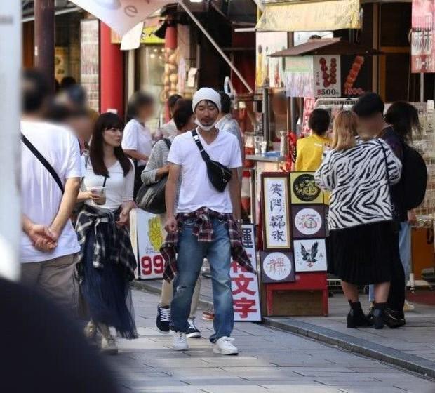 Bê bối ngoại tình rúng động Jbiz: Cựu thành viên AKB48 cặp kè sao nam kém 10 tuổi, tình tiết hẹn hò gây phẫn nộ hơn - Ảnh 2.