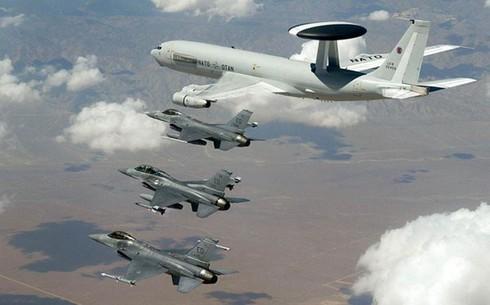 """""""Trò chơi hạt nhân"""" giữa Mỹ, Nga và NATO mang đến cuộc khủng hoảng mới? - Ảnh 4."""