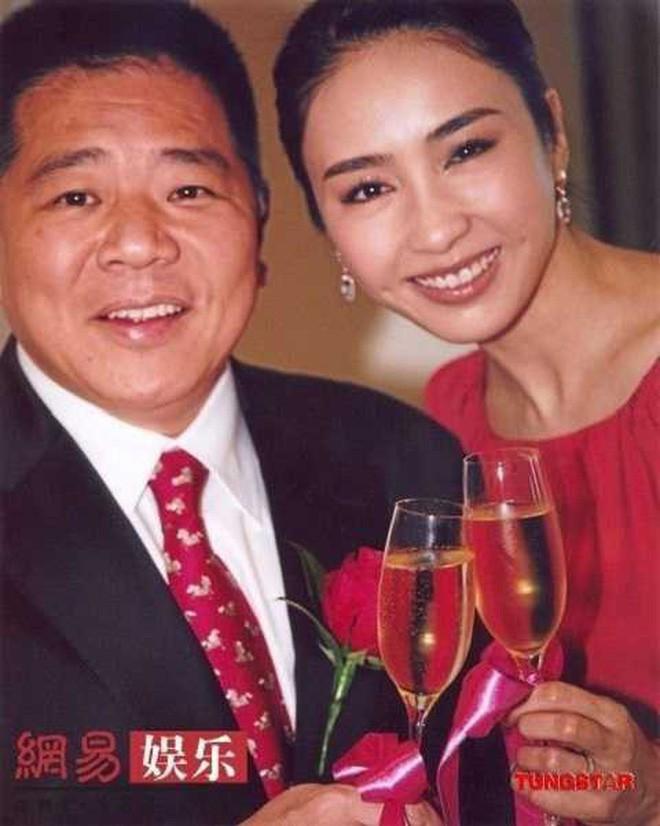 Mỹ nhân Cbiz được thưởng nóng sau khi sinh con: Ming Xi vẫn thua Lê Tư và nàng dâu bạc tỷ châu Á - Ảnh 7.