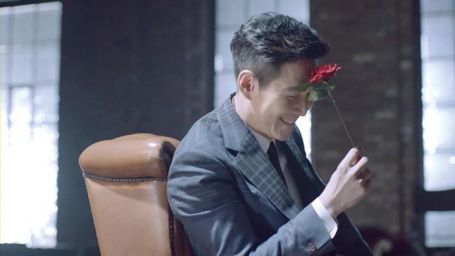Ông chú hoàng kim Lee Jung Jae: Từ lương duyên tiếc nuối cùng nữ hoàng phim nóng tới tình yêu ồn ào tuổi 46 với vợ cũ của Thái tử Samsung  - Ảnh 1.