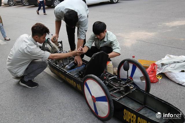 Tự hào chiếc xe Made in Việt Nam, chạy hơn 1.000 km chỉ tốn một lít xăng - Ảnh 2.