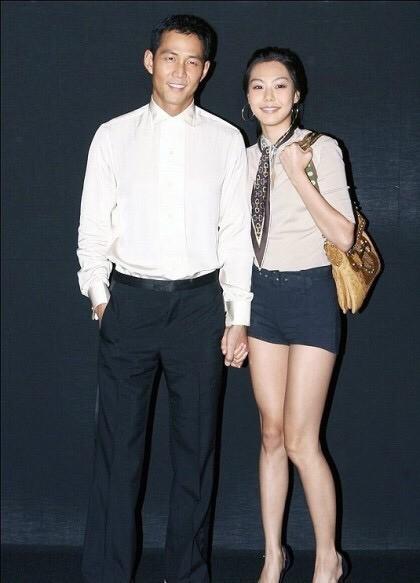 Ông chú hoàng kim Lee Jung Jae: Từ lương duyên tiếc nuối cùng nữ hoàng phim nóng tới tình yêu ồn ào tuổi 46 với vợ cũ của Thái tử Samsung  - Ảnh 6.