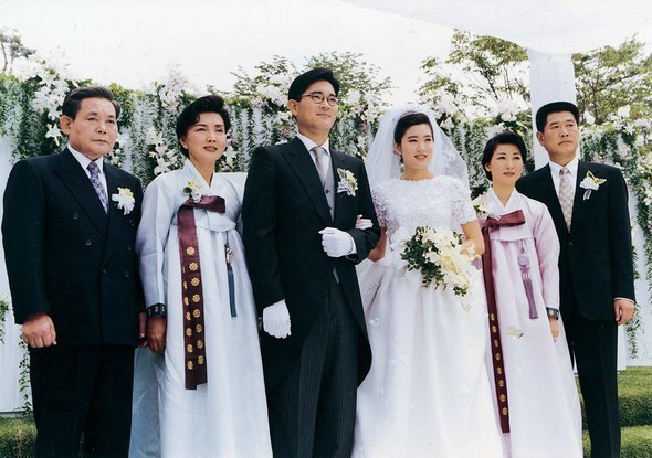 Ông chú hoàng kim Lee Jung Jae: Từ lương duyên tiếc nuối cùng nữ hoàng phim nóng tới tình yêu ồn ào tuổi 46 với vợ cũ của Thái tử Samsung  - Ảnh 8.