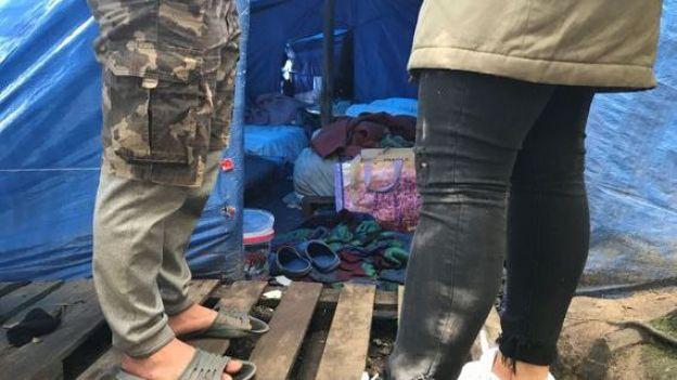 [ẢNH, VIDEO] Những người Việt sống mòn trong trại tị nạn ở Pháp: Sợ lắm, nhưng đâm lao thì phải theo lao thôi... - Ảnh 5.