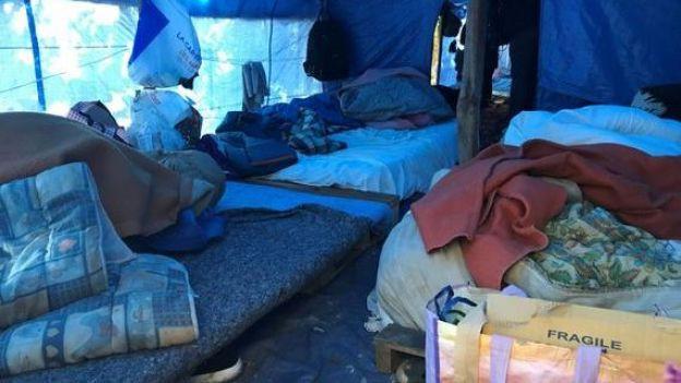 [ẢNH, VIDEO] Những người Việt sống mòn trong trại tị nạn ở Pháp: Sợ lắm, nhưng đâm lao thì phải theo lao thôi... - Ảnh 6.