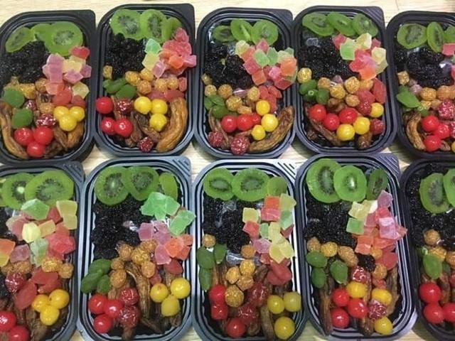 Mứt Tết trái cây bảy sắc cầu vồng, giật mình hàng cao cấp 35 ngàn/kg - Ảnh 3.