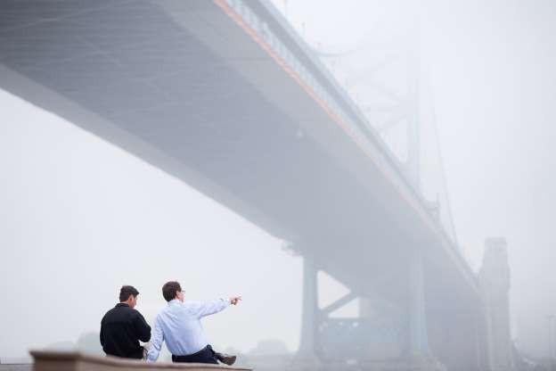 Vẻ đẹp của các thành phố trên thế giới khi chìm trong sương sớm - Ảnh 9.