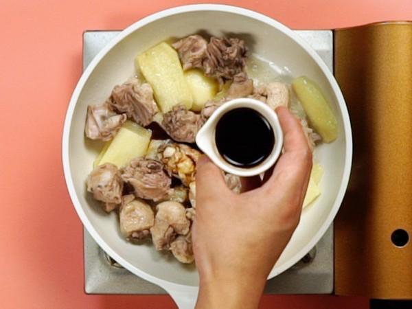 Cuối thu se lạnh làm món vịt kho gừng vừa ngon vừa ấm - Ảnh 4.