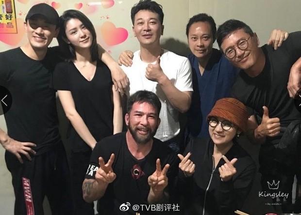 HOT: Trai đẹp TVB Lâm Phong chính thức làm chồng người ta, kết hôn người mẫu nội y kém 11 tuổi - Ảnh 2.