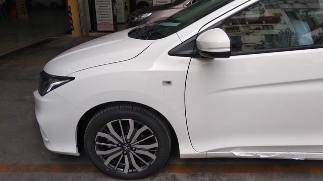Honda City bản giá rẻ về đại lý, tăng sức nóng trong cuộc đua với Toyota Vios và Hyundai Accent - Ảnh 5.
