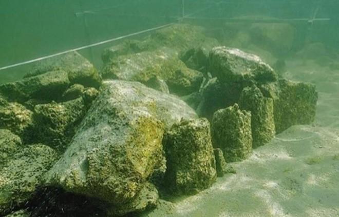 photo 1 1570351367234863330228 - Phát hiện 'thủy cung' bí ẩn của người tiền sử, chìm sâu dưới lòng hồ từ cách đây 5500 năm