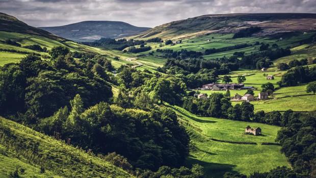 Những vùng đất đẹp như thiên đường ở châu Âu ít người biết tới - Ảnh 5.