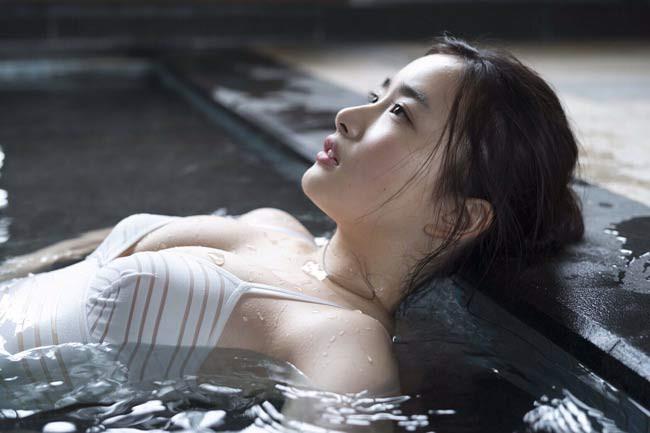 Nhan sắc nóng bỏng của hai mỹ nhân có vẻ đẹp gợi cảm bậc nhất Nhật Bản - ảnh 15